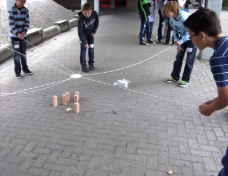 Kampfesspiele Schule & Kinder